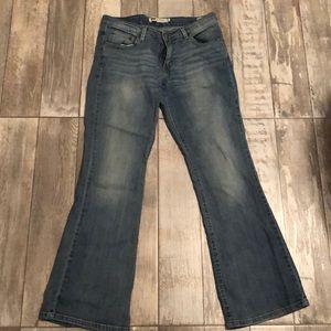 518 Levis bootcut Size 9